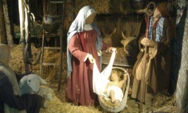 La formula natalizia del Comune funziona: dopo presepe e mercatini, la tombolata in piazza
