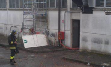 Incendio in un capannone di Via Nervi a Corciano, danni a laboratorio calzature