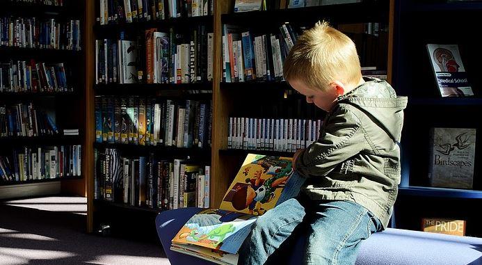 bambini biblioteca favole lettura storie corciano-centro san-mariano