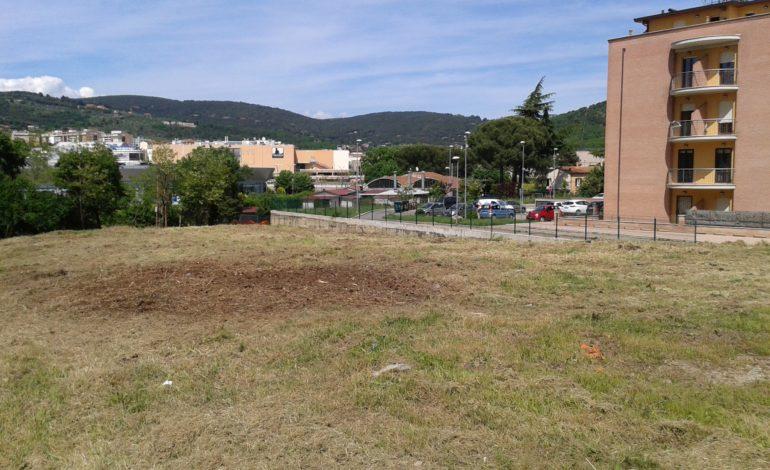 """Dopo 30 anni ripulito il """"terreno misterioso"""" a San Mariano"""