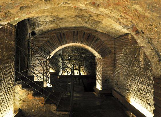 Incidente nei sotterranei di San Lorenzo, feriti due corcianesi