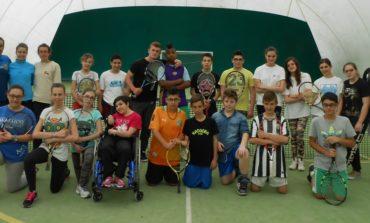 La scuola finisce al Tennis Club