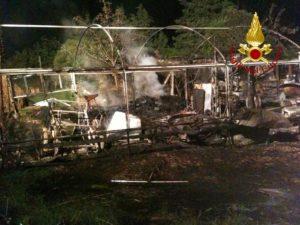 incendio vigili del fuoco castelvieto cronaca