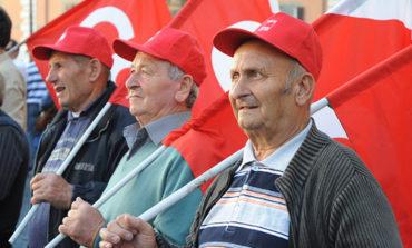Più equità e meno Tasi: i pensionati si riuniscono e manifestano a Perugia