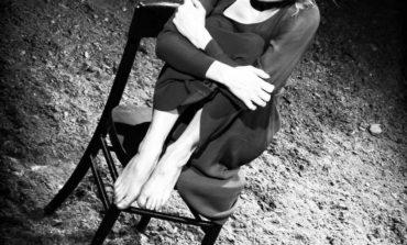 La storia di uno stupro mai condannato al Teatro Cucinelli di Solomeo