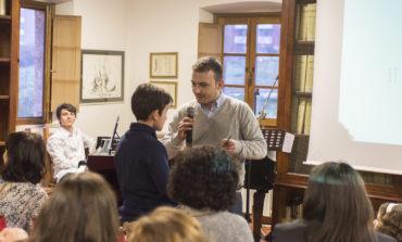 """""""Il mondo è senza confini"""" prima opera letteraria del giovanissimo Riccardo Russo"""