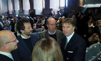Brunello Cucinelli riceve i sigilli della città di Perugia