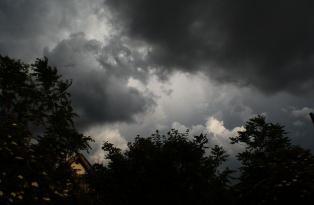 Maltempo: allerta meteo, in arrivo temporali al centrosud