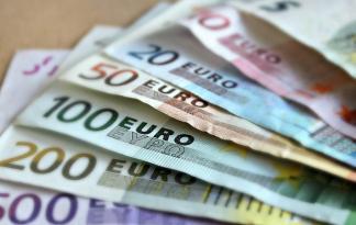 aiuti buoni buoni spesa famiglie spesa cronaca economia
