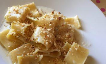 Pasta gorgonzola e mandorle
