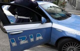 Droga, 43enne ai domiciliari spaccia in casa a Ellera: finito in carcere