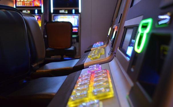gioco d'azzardo gratta e vinci patologia sanità slot machines glocal