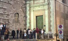 I luoghi invisibili di Perugia: illuminata la Porta Santa di Artemio Giovagnoni