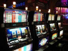 gioco d'azzardo lupopatia no slot slot machine cronaca glocal