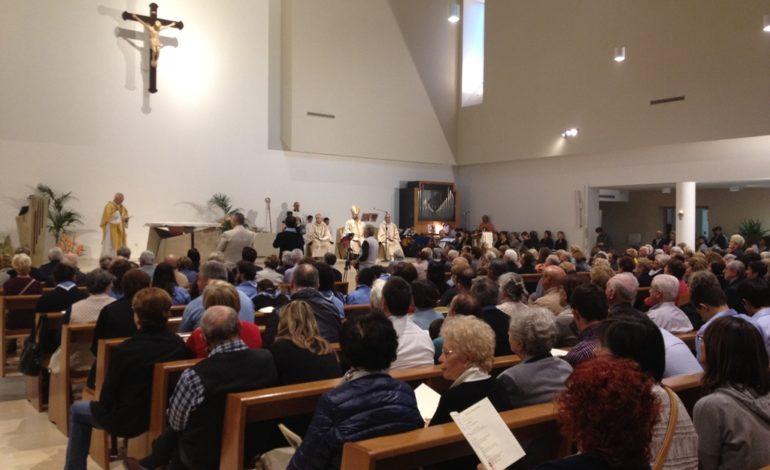 Chiesa, celebrato il rito della consacrazione-dedicazione della parrocchia Santa Maria della Speranza