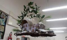 Natale: alla scuola primaria di Corciano laboratori per realizzare addobbi e lavoretti