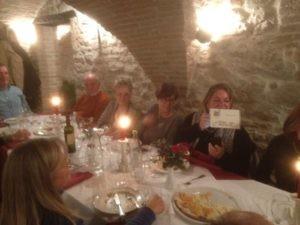 Gli Amici del Presepe di Corciano festeggiano il loro impegno insieme alla Signora Anna 4