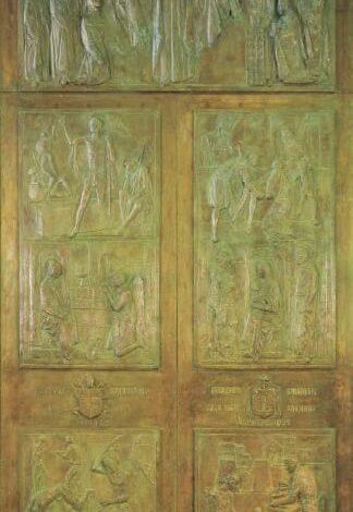 Domani inizia il Giubileo Straordinario della Misericordia con l'apertura della Porta Santa