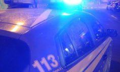Litiga con la moglie e tenta di buttarsi nel vuoto, 50enne corcianese salvato dalla polizia