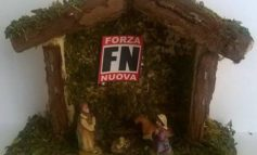 """""""Il Natale come identità culturale"""", Forza Nuova dona un presepe personalizzato ai sindaci del perugino"""