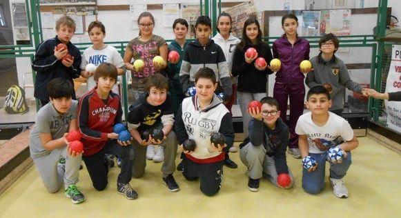 Scuola e sport: riparte il progetto 'bocce' alle medie di Mantignana