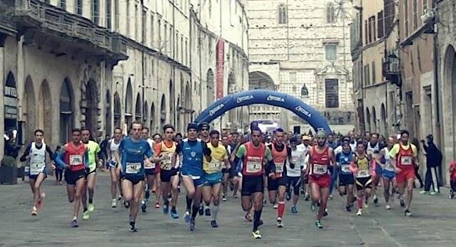 Mezza maratona Perugia-Assisi, gli atleti di L'Unanuova pronti a partire