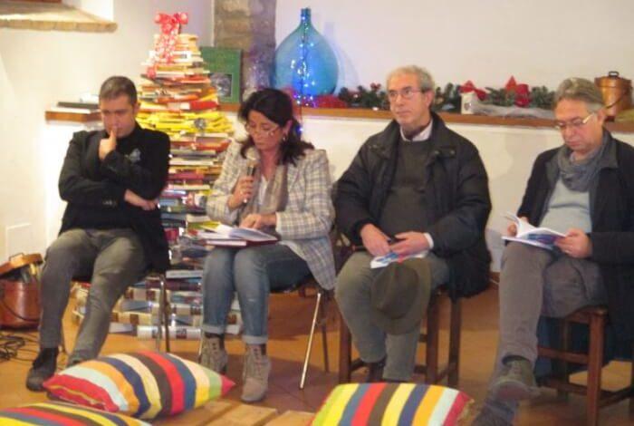 """Presentato con successo il libro """"La prigione di cristallo"""", protagoniste la Grecia e le donne"""