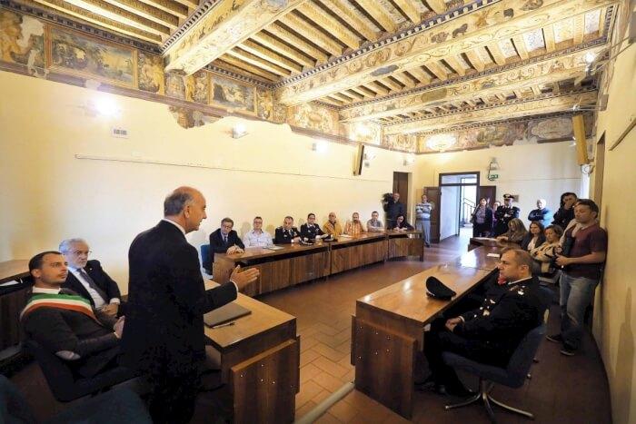 Uniti contro le infiltrazioni mafiose: firmato a Corciano il patto per la sicurezza