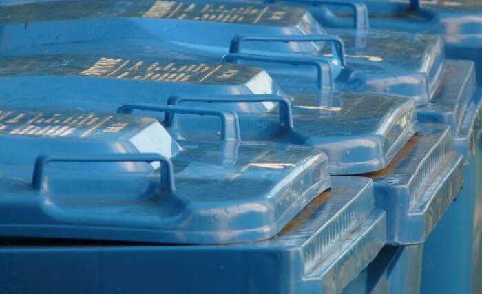 Gestione rifiuti, ok della Giunta all'indirizzo regionale: tariffa puntuale, tracciabilità carta e plastica, cassonetti con badge