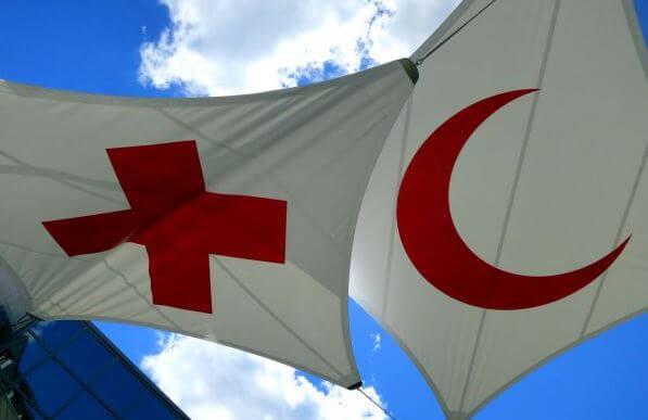 Contro violenza e pregiudizi la comunità islamica di Corciano dona sangue al fianco della Croce Rossa
