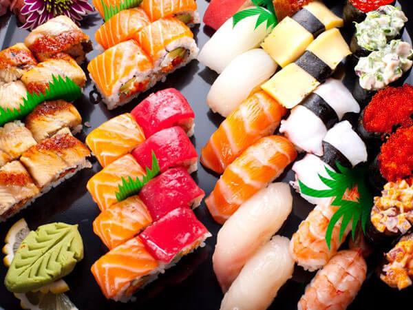 """Degustazione di sushi, arti marziali e mostra mercato per """"Qua Oriente"""""""