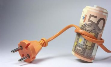 """13 luglio """"Pronto Soccorso Energia"""": esperti rispondono alle vostre domande su bollette e consumi"""