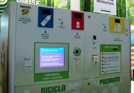 ambiente eco compattatore m5s riciclo rifiuti cronaca politica