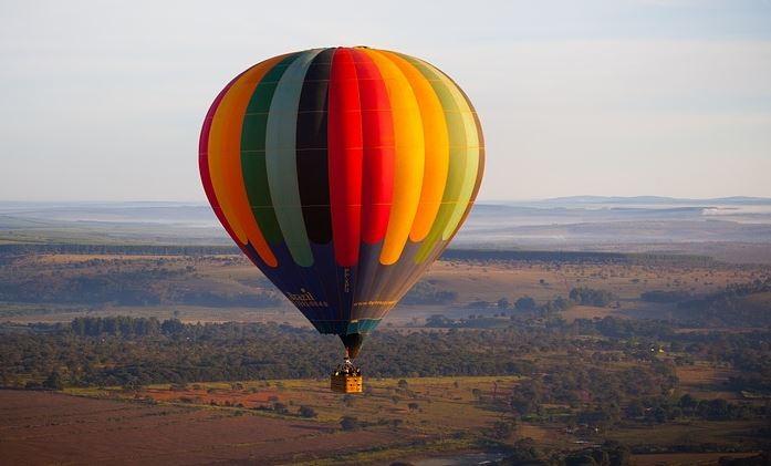 Mantignana, si rovescia mongolfiera: paura per 5 persone