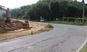 Iniziati i lavori per mettere in sicurezza l'incrocio vicino al Castello di Pieve del Vescovo