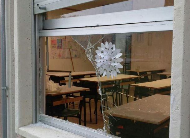 delinquenza furto scuola vandali corciano-centro cronaca politica san-mariano