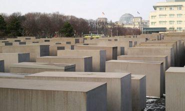 Giornata della Memoria. Dopo la visita al Ghetto Ebraico di Roma, l'invito ad aumentare l'impegno