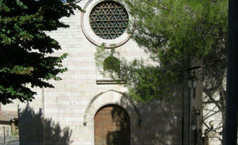 Chiusa l'ex chiesa di San Francesco: l'accordo Comune-Soprintendenza senza l'ok del Demanio