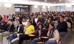 Gli studenti dell'istituto Bonfigli dentro la storia viva, presentato il DVD