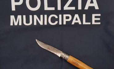 A spasso con un coltello a Ellera: denunciato pluripregiudicato
