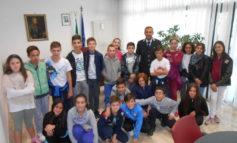 Gli alunni della Bonfigli in visita alla sede della Polizia Municipale di Corciano