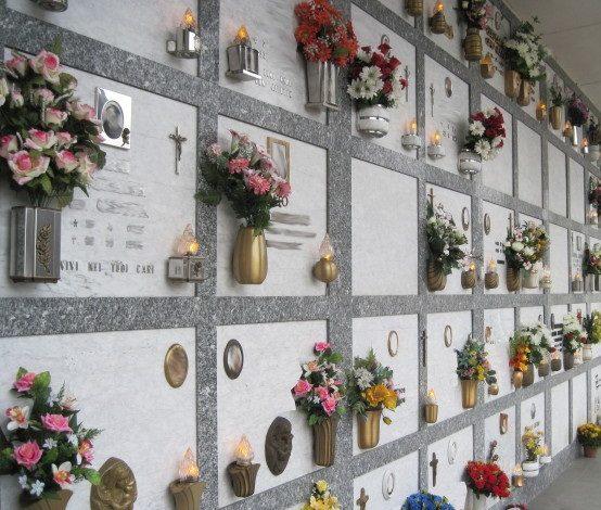 apertura straordinaria cimiteri commemorazione defunti cronaca