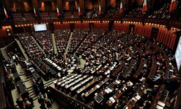Mense scolastiche: la procedura di affidamento arriva in Parlamento
