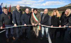 Decathlon apre in primavera: inaugurata la viabilità di confine