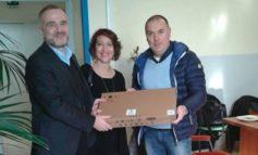 L'ASD Corciano 99 dona materiale didattico all'Istituto Benedetto Bonfigli