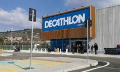 Apre Decathlon fra Corciano e Perugia: i primi ad entrare gli studenti del Bonfigli