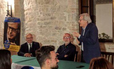 """Elezioni, Sgarbi: """"L'Umbria non sopporta più il fatto che l'italiano abbia meno diritti dello straniero"""""""
