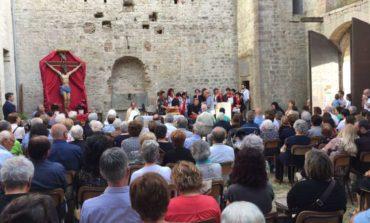 Festa Grossa: centinaia di fedeli alla celebrazione nel Castello di Pieve del Vescovo