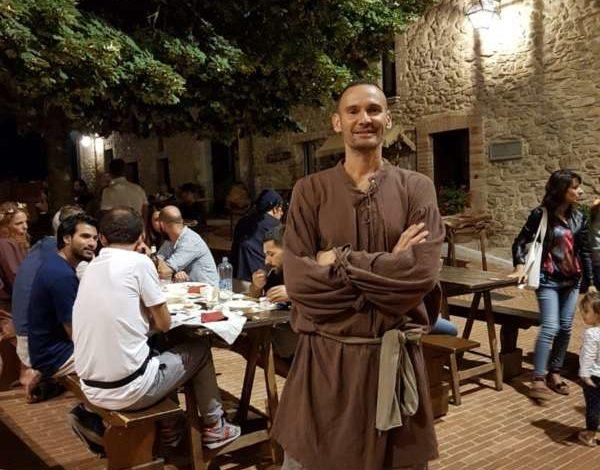 Anche il campione Giacomo Sintini tra i volontari della Festa Rinascimentale di Solomeo