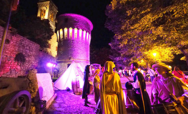 """Domenica al Corciano Festival: David Riondino porta in scena la """"Buon Novella"""" di De Andrè"""